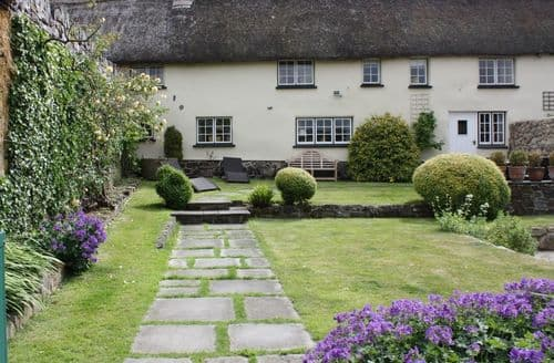 Last Minute Cottages - Michaelmas Cottage