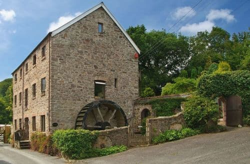 Big Cottages - The Old Mill