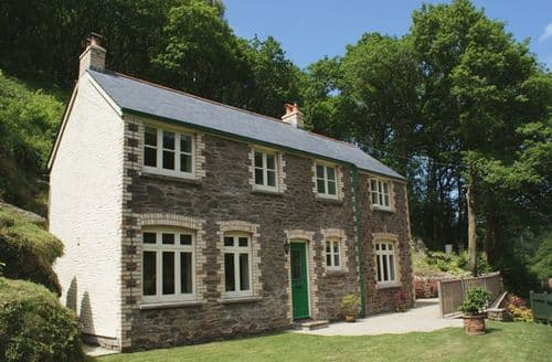 Last Minute Cottages - Delightful Barbrook Cottage S95983