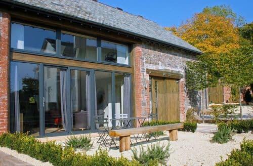Last Minute Cottages - Barley House