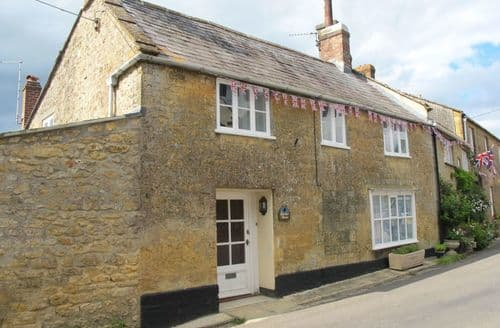 Last Minute Cottages - Blackbird Cottage