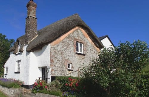 Last Minute Cottages - Cosy Mid Devon Cottage S96049