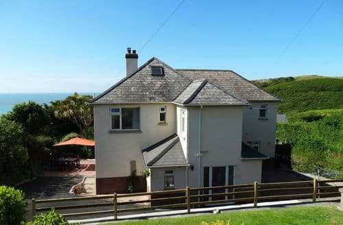 Last Minute Cottages - Cosy Mortehoe Cottage S96067