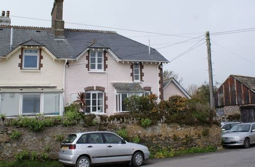 Last Minute Cottages - Lovely Down Thomas Cottage S96075