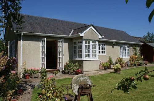 Last Minute Cottages - Wolston Cottage