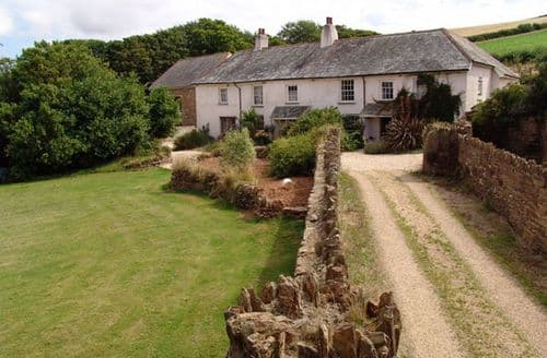 Last Minute Cottages - Delightful Halwell Cottage S96119