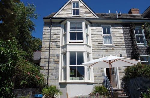 Dog Friendly Cottages - Tasteful Padstow Cottage S96178