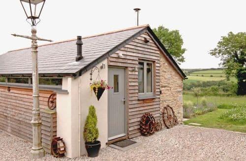 Last Minute Cottages - Mugwell Barn