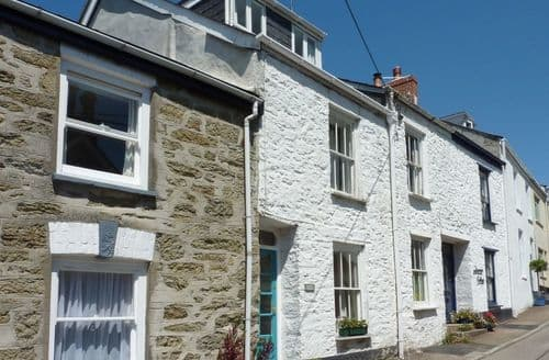 Last Minute Cottages - Excellent Flushing Cottage S96312