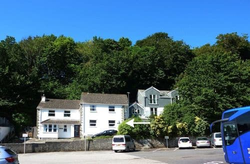 Last Minute Cottages - Luxury St. Mawes Cottage S96322