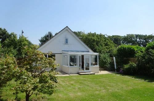 Last Minute Cottages - Inviting Hordle Cottage S96338
