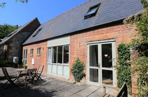Dog Friendly Cottages - The Little Stables