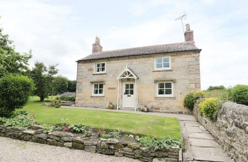 Last Minute Cottages - Wainford Cottage