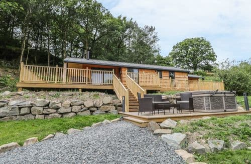 Last Minute Cottages - Thornyfield Lodge