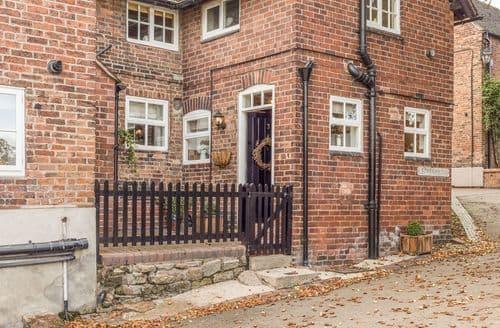 Last Minute Cottages - Tasteful Stanton By Dale, Derbyshire Cottage S122286