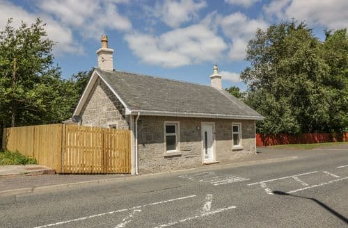 Last Minute Cottages - The Old Toll Cottage