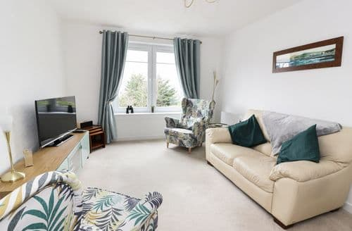 Last Minute Cottages - Luxury Largs Cottage S98283