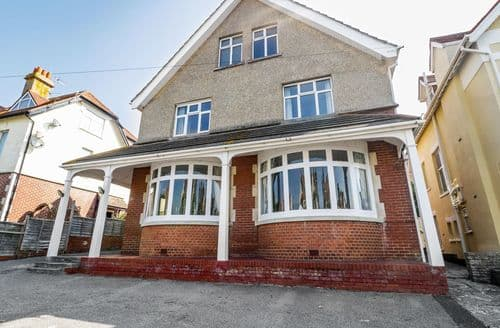 Last Minute Cottages - 20 Ulwell Road