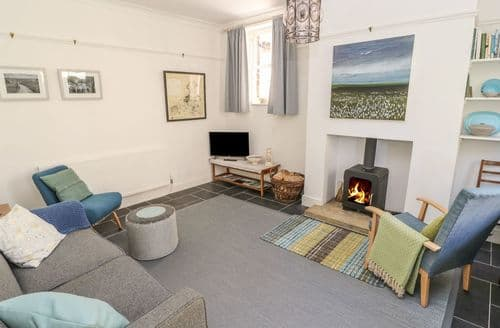 Last Minute Cottages - Tasteful Heptonstall Cottage S105432
