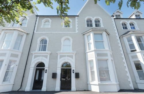 Last Minute Cottages - Apartment 4, 7 St Anns Apartments