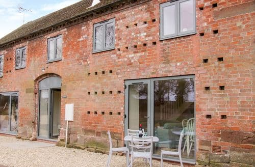 Last Minute Cottages - Inviting Waters Upton, Shropshire Cottage S132560