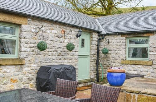 Last Minute Cottages - The Church Inn Cottage