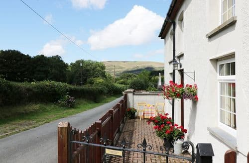 Last Minute Cottages - Wonderful  Cottage S114189