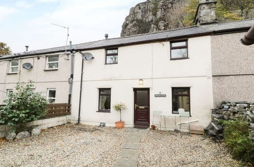 Last Minute Cottages - Bridgeway House
