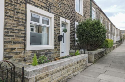 Last Minute Cottages - Exquisite Barnoldswick Cottage S98488