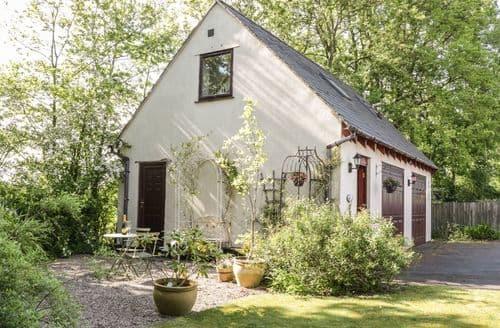 Last Minute Cottages - Exquisite Bomere Heath Cottage S101078