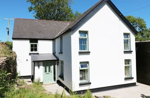 Last Minute Cottages - Ty Ffarm at Gellilwch