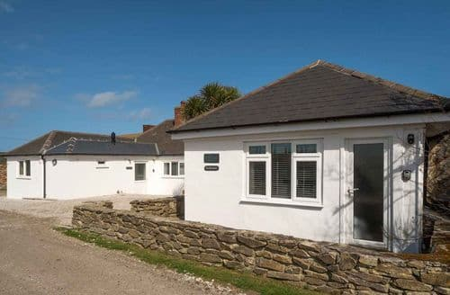 Last Minute Cottages - Stunning Crantock Cottage S98532