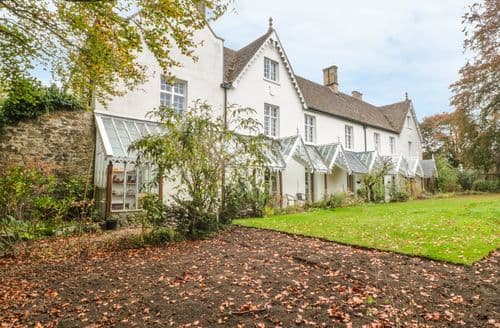 Last Minute Cottages - Westhill House