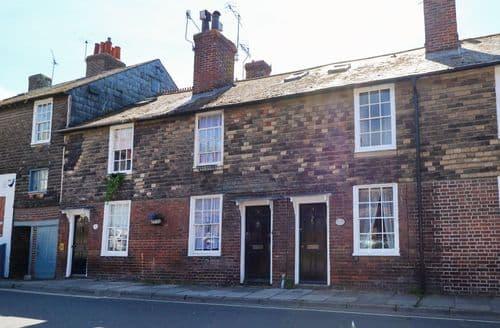 Big Cottages - Adorable Rye Cottage S102958