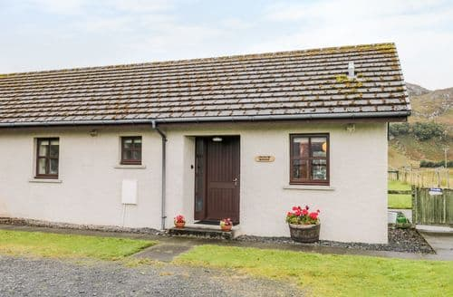 Last Minute Cottages - Exquisite Poolewe Cottage S121537