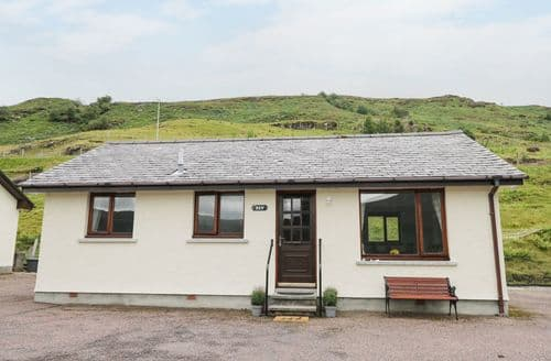 Last Minute Cottages - Superb Lochbroom Cottage S114055