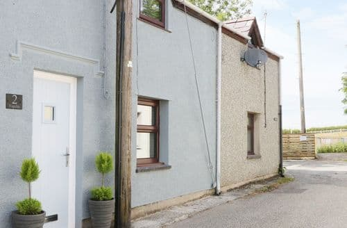Last Minute Cottages - 2 Ysgoldy