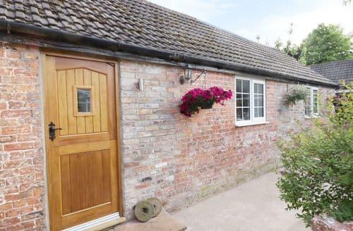 Last Minute Cottages - Millstone Cottage