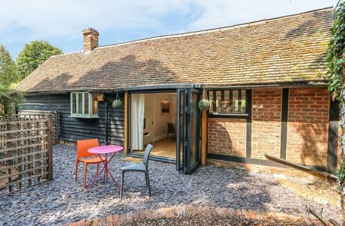 Last Minute Cottages - Attractive Cople Cottage S105858