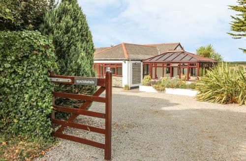 Last Minute Cottages - Stunning Gillan Cottage S105994