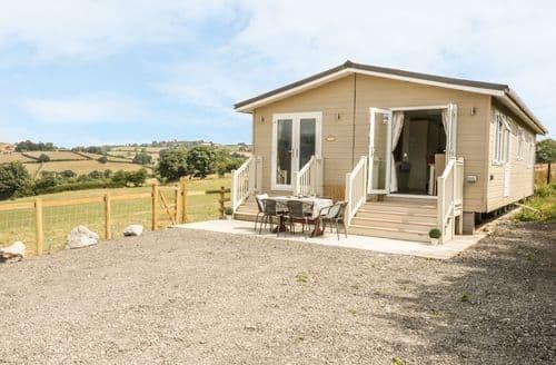 Big Cottages - Tasteful  Cottage S113539