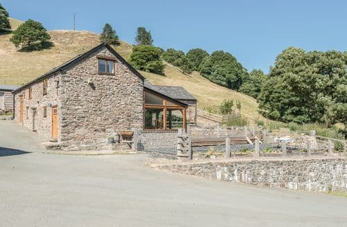 Last Minute Cottages - The Owl House