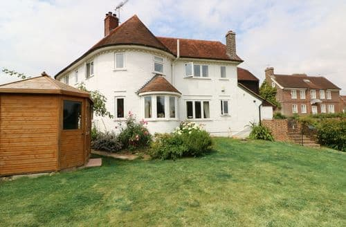 Last Minute Cottages - Tasteful Hastings Cottage S105265