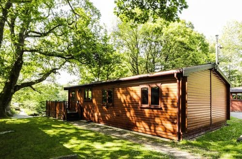 Last Minute Cottages - River Lodge (old ref 938531)