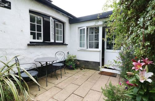 Last Minute Cottages - Luxury  Cottage S113332