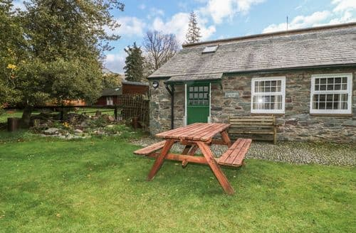 Last Minute Cottages - Gardeners Bothy