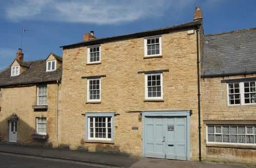 Last Minute Cottages - Exquisite Burford Cottage S125777