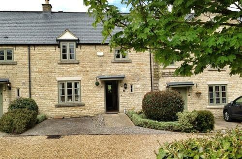 Big Cottages - Charming Stow On The Wold Cottage S125815