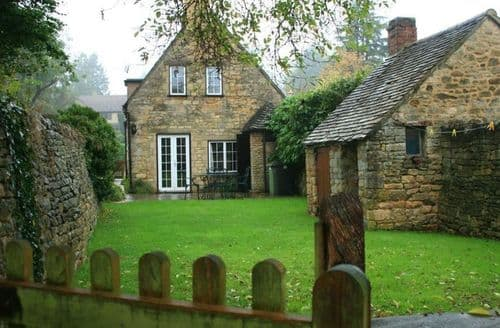 Last Minute Cottages - Campden Cottage