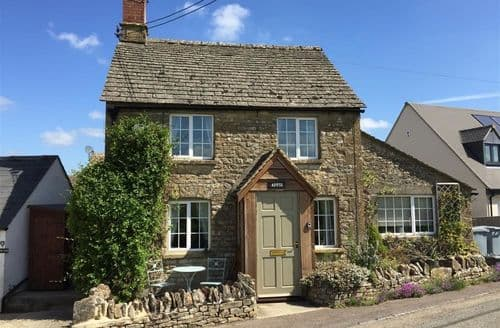 Last Minute Cottages - Beautiful Chipping Norton Cottage S125859